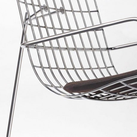 Chaise Wang wire lounger