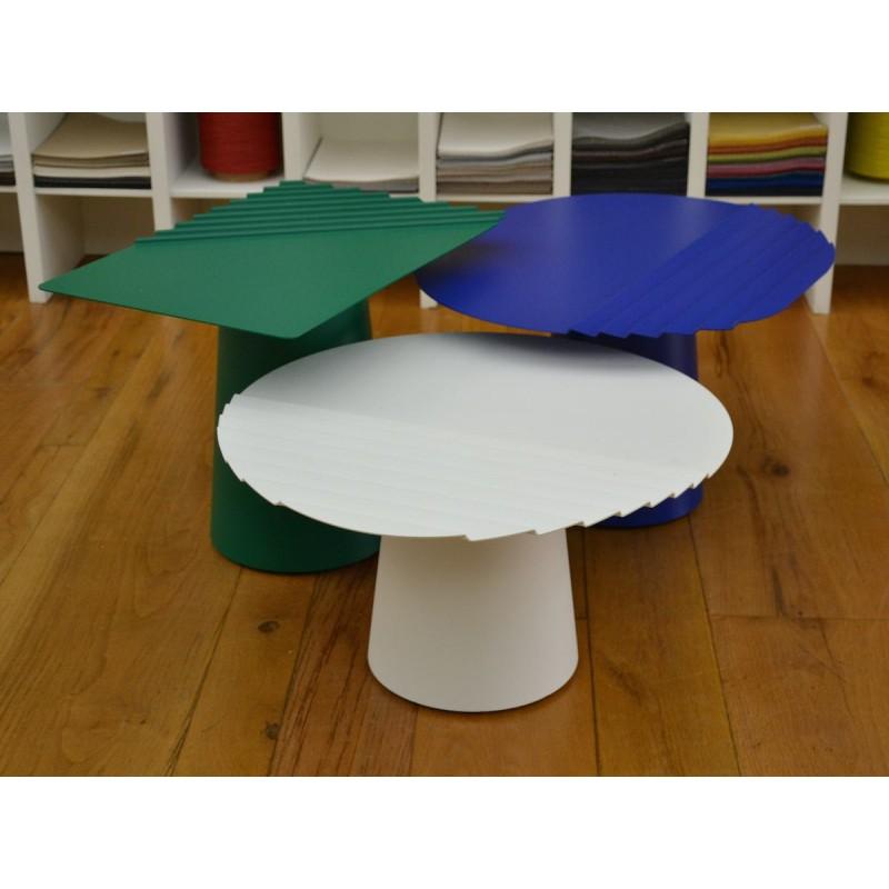 ensemble tables basses wind mati re grise d coration. Black Bedroom Furniture Sets. Home Design Ideas