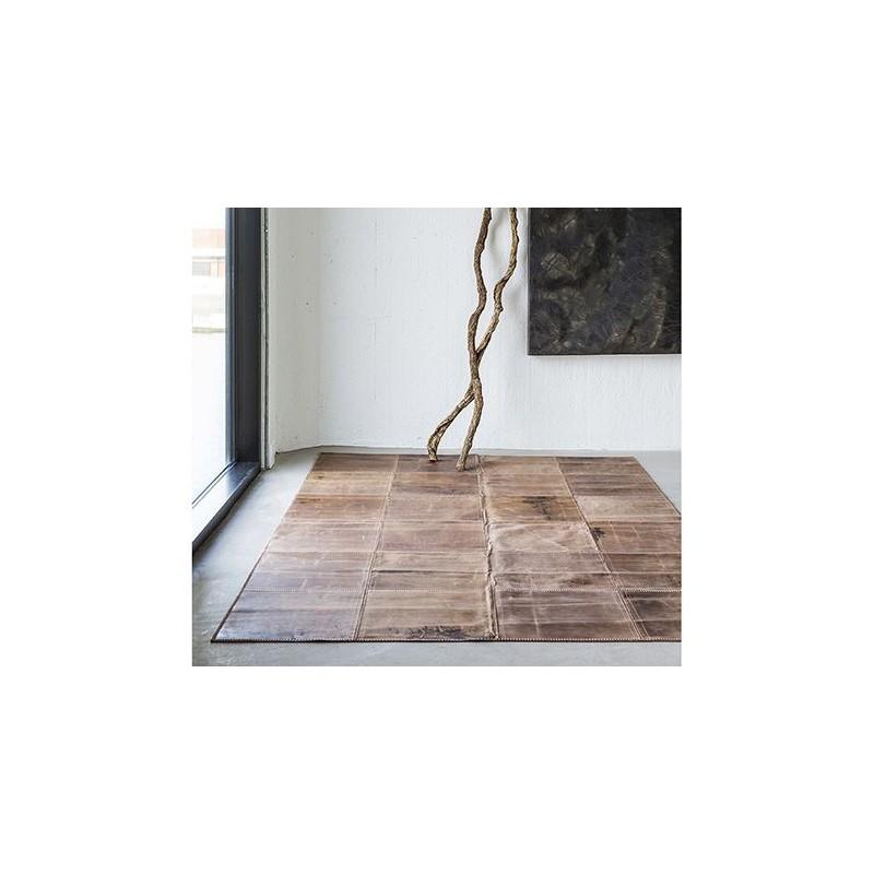 tapis en cuir massimo copenhagen. Black Bedroom Furniture Sets. Home Design Ideas