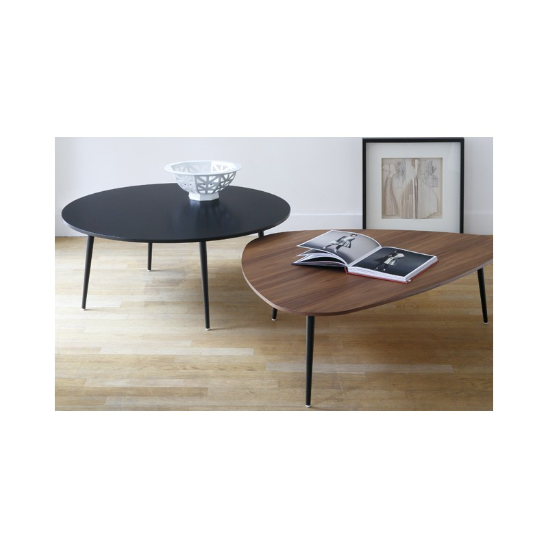 table basse triangulaire soho co dition. Black Bedroom Furniture Sets. Home Design Ideas
