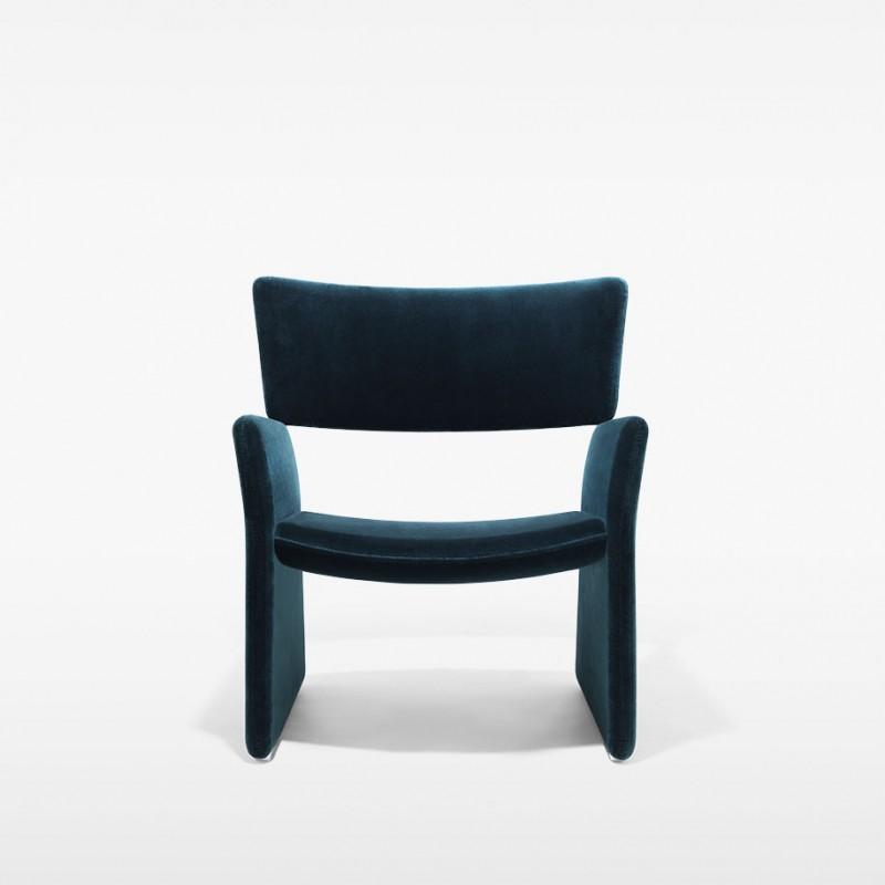 fauteuil bas crown massproductions. Black Bedroom Furniture Sets. Home Design Ideas