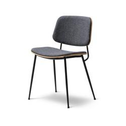 Chaise Soborg, pieds métal, entièrement tapissée