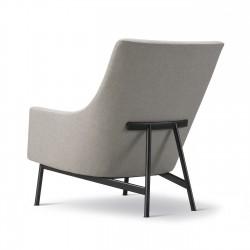 Fauteuil A-Chair pieds métal FREDERICIA